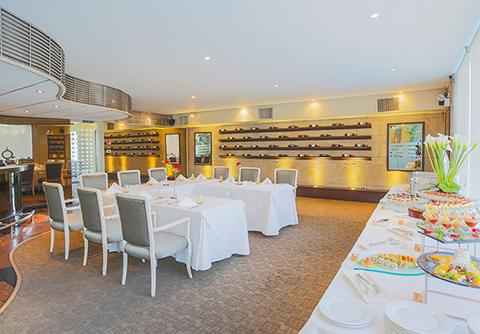 Oceanus Wine Bar & Restaurant - Delfines Hotel